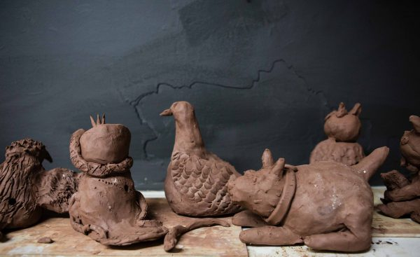 Potter in: Family clay